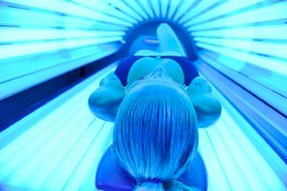 What-effects-do-tanning-beds-have-on-the-skin